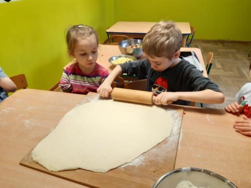 Robimy pizzę (3)