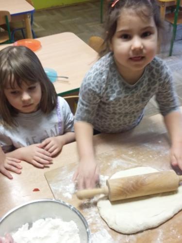 Robimy pizzę (4)