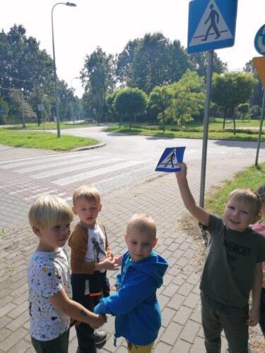 Znaki (6)
