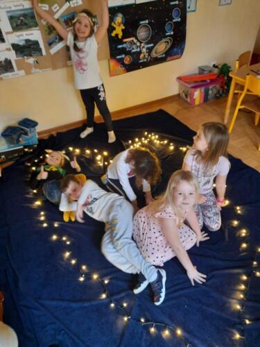 Gwiazdozbiór Domek Elfów (3)