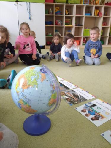 Globus (2)